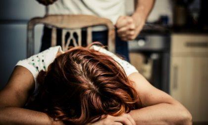 Picchiava la fidanzata, arrestato