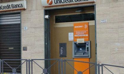 Unicredit chiude 450 filiali, paura fra i lavoratori
