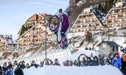 Sulle piste di Prato Nevoso il primo salto mortale al mondo su una sedia a rotelle