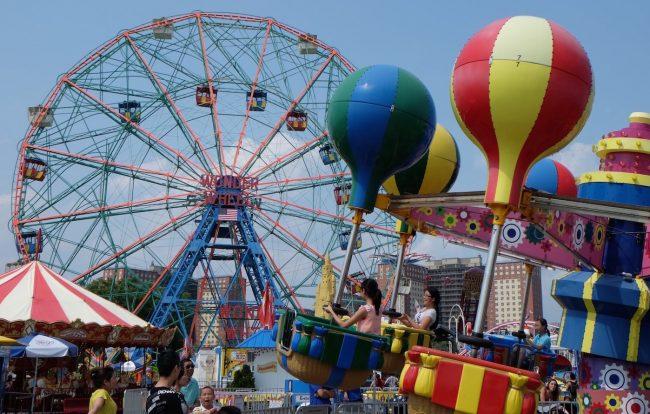 Bra: arriva il Luna park, divieti in piazza