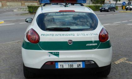 Auto confiscata dalla polizia municipale di Bra