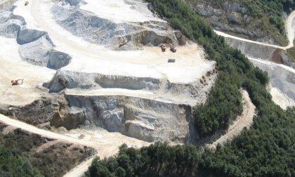 Stop alla cava Sibelco di Robilante