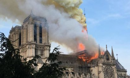 Notre Dame in fiamme: gli occhi del mondo su Parigi