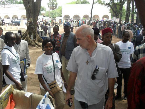 Aurelio Gazzera Missionario cuneese arrestato nella Repubblica Centrafricana ma subito liberato grazie al suo popolo