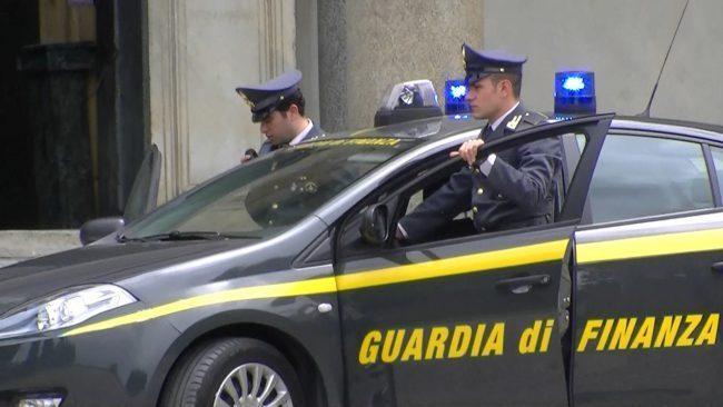 Gestione coop accoglienza migranti. Quattro arresti