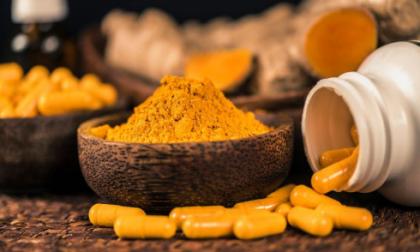 Integratori alimentari a base di curcuma associati a casi epatite