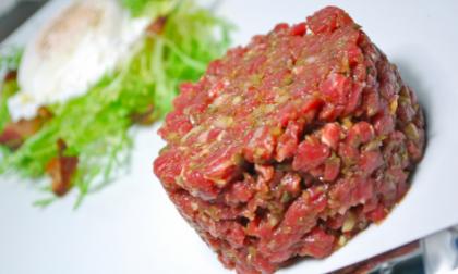 """""""Tartare bovino adulto a rischio listeria"""" Lidl Italia richiama lotto di carne prodotta in Piemonte"""
