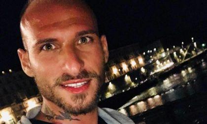 Malore in auto, muore calciatore