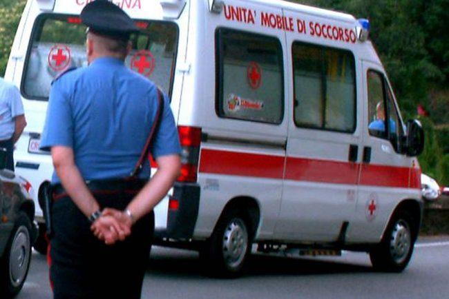 Minaccia il suicidio, salvato dai carabinieri
