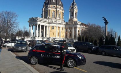 Cercano di investire un carabiniere dopo i furti a Superga LE FOTO