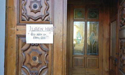Cartello fuori dalla chiesa, Qui abita un ebreo, Gesù