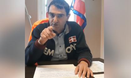 """Coronavirus, ira del sindaco di Fossano: """"Basta, ho visto persone con i gatti al guinzaglio"""" VIDEO"""