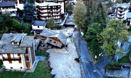 Incubo alluvione, strade chiuse e persone disperse