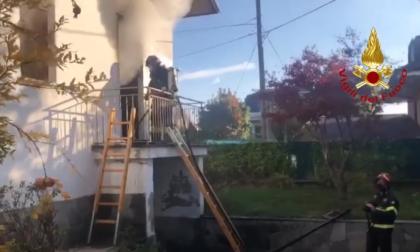 Incendio in un'abitazione a Borgo San Dalmazzo VIDEO