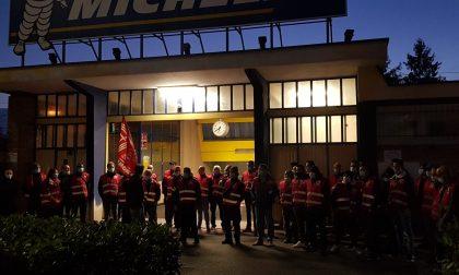 Michelin di Cuneo: presidio dei lavoratori Reekep già dalle 5 del mattino