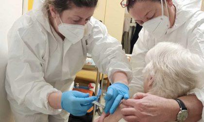 In Piemonte al via le vaccinazioni in oltre 500 farmacie: dal 14 giugno le prenotazioni
