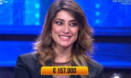 """Elisa Isoardi a """"I Soliti Ignoti"""": vince 157mila euro che andranno in beneficenza"""