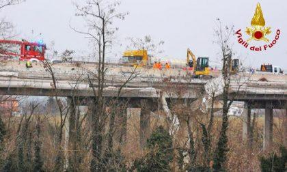 Cantiere viadotto Cento: cede un'impalcatura e due operai precipitano, condizioni gravi