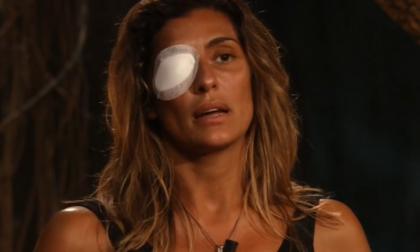 """Un improvviso guaio fisico costringe Elisa Isoardi a lasciare """"L'Isola dei Famosi"""""""