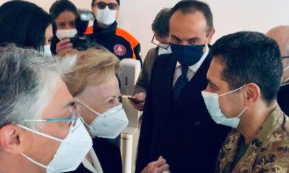 Il generale Figliuolo ad Alba, inaugurato il centro vaccinale della Fondazione Ferrero