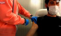 Vaccinazioni Covid: in Piemonte l'open night dedicato ai giovani fa il bis