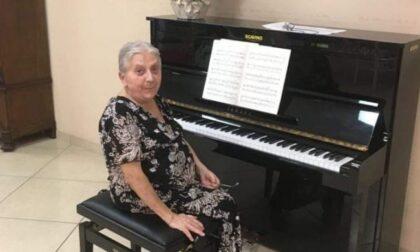 """Si è spenta a 81 anni Nerina Peroni, pianista cuneese finalista a """"Tu Si Que Vales"""""""