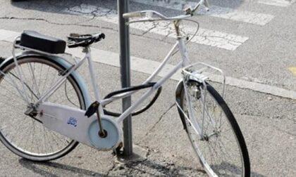 Cuneo, biciclette e monopattini fuori dalle rastrelliere saranno rimossi